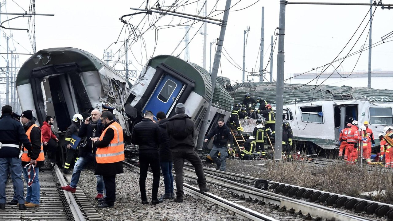 vlak nehoda itálie