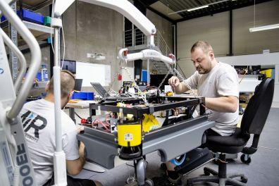Montáž robota v centrále MiR II