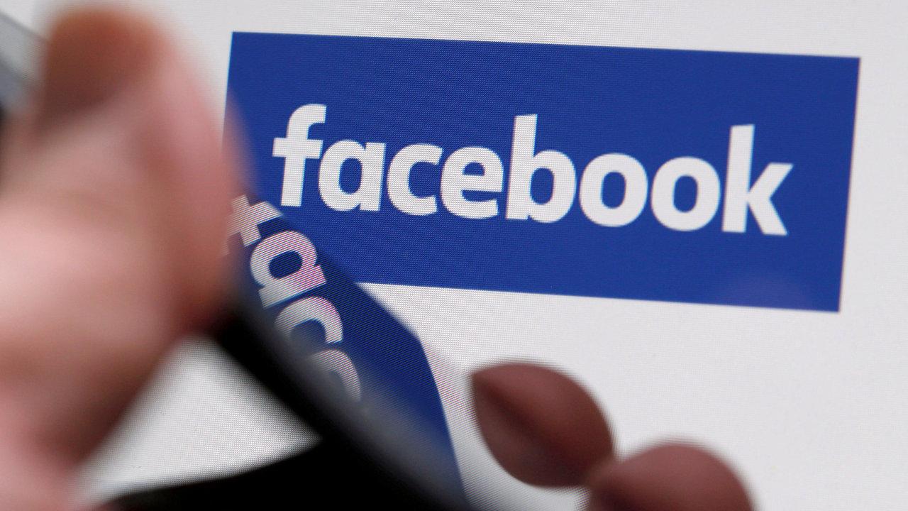 Facebook získal titul v kategorii Dlouhodobý slídil, oceněn v soutěži byl už podruhé.
