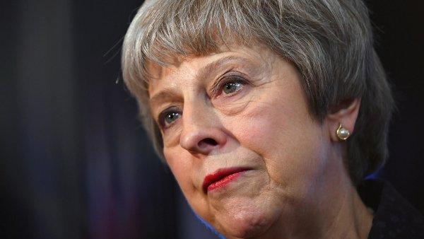 Britskou premiérku zahnala vlastní strana do kouta. V pátek Mayová oznámí rezignaci, tvrdí tamní média
