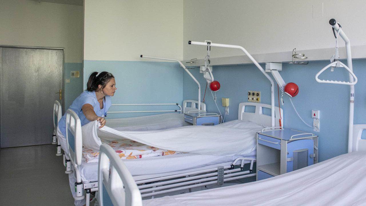 Například Krajská nemocnice Liberec ve výzvě na evropské dotace neuspěla. Liberecký kraj proto původně podal na ministerstvo pro místní rozvoj předžalobní výzvu.