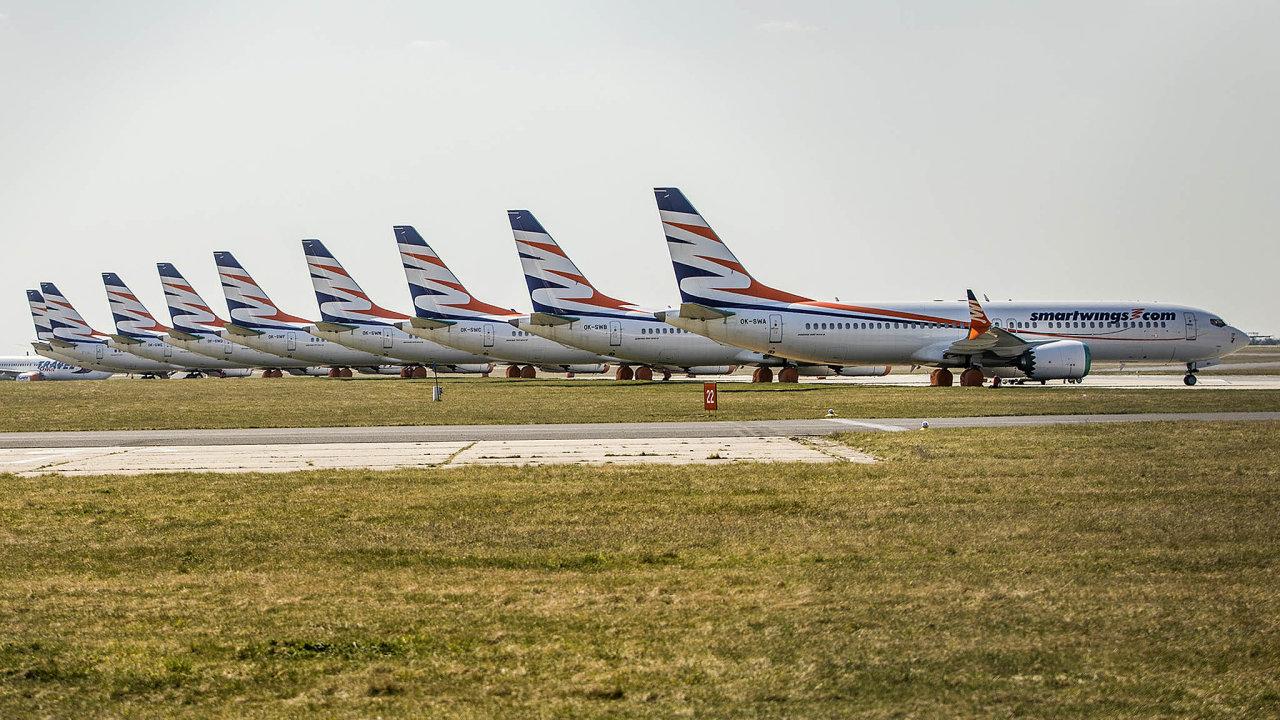 Smartwings aČSA, podobně jako jiné evropské dopravce, postihl výpadek letecké dopravy během pandemie koronaviru.