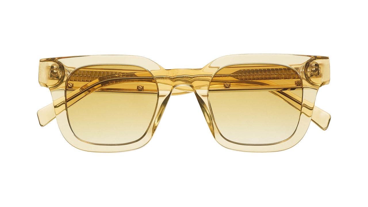 H&M se spojilo se stockholmskou značkou Chimi, známou pro své barevné, kreativně pojaté brýle. Vznikla kolekce plná pastelových tónů vretro siluetách pro moderní streetwearový look. Cena 999 Kč, prodává H&M.