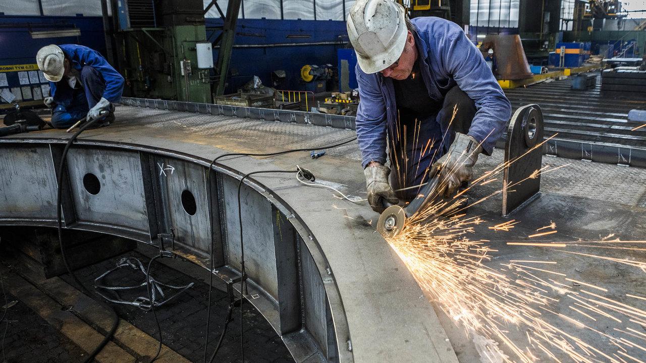 Doproblémů se VHM dostala už vroce 2018 ještě jako součást strojírenského holdingu ostravského podnikatele Jana Světlíka.