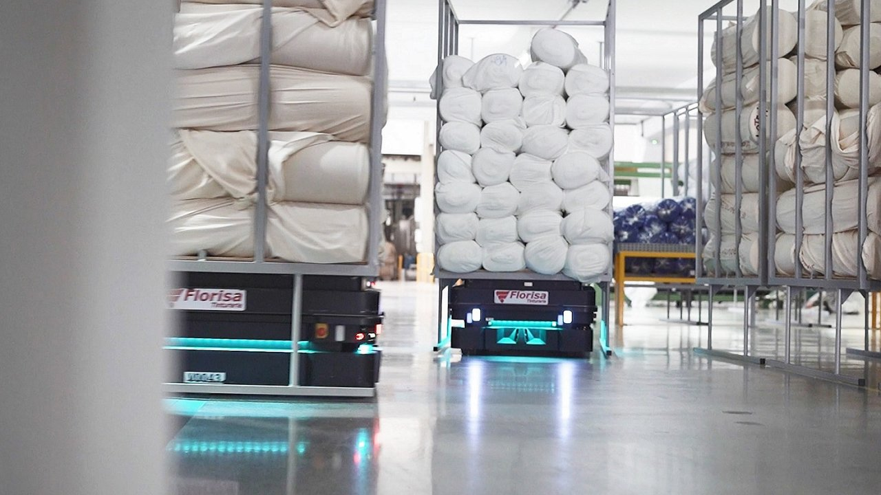 Mnoho pilotních projektů společnosti MiR se proměnilo až do nasazení velkých flotil s až 50 roboty z její produkce.