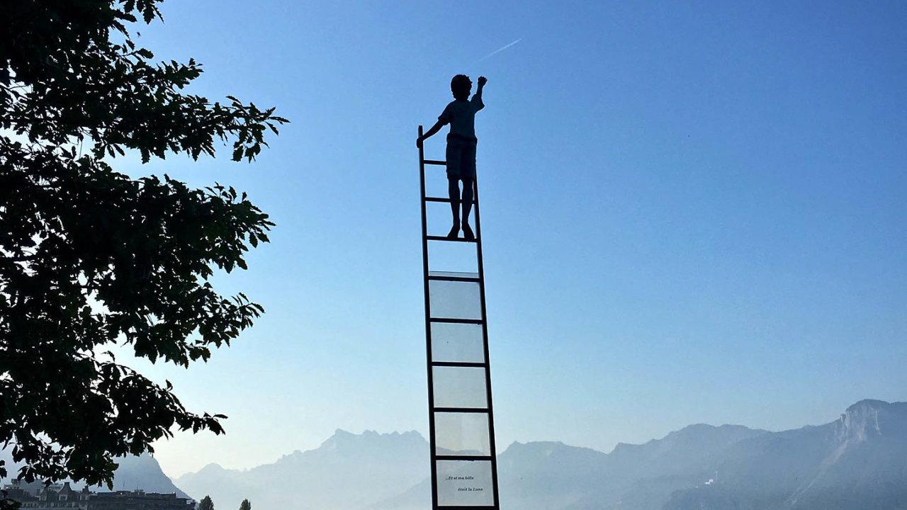 Paušálně nastavit pravidla pro řízení kariéry už dnes nefunguje. Ti nejlepší zaměstnavatelé hledají pro každého svého člověka individuální řešení.
