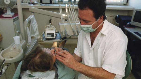 Zubní lékař - Illustrační foto.