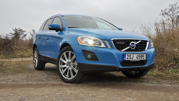 pin essai volvo xc60 r design 205ch too schuss action tuning on pinterest. Black Bedroom Furniture Sets. Home Design Ideas