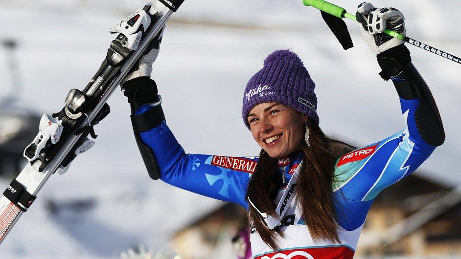 Tina Mazeová po vítězství v obřím slalomu ve Svatém Mořici
