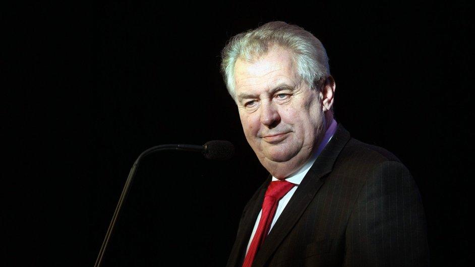 Prezidentova vláda může Česko výrazně změnit i bez souhlasu parlamentu