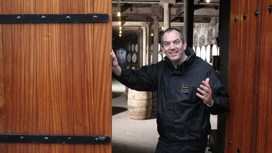 Colum Egan, master destiller společnosti Bushmills.