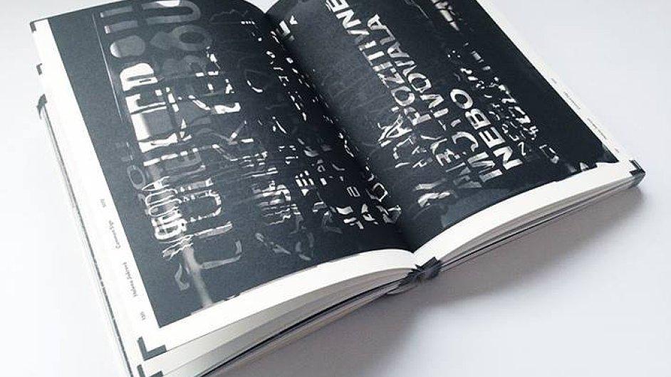 Helena Jiskrová do knihy X zařadila svoji diplomovou práci Common Sign.