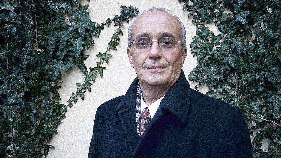 Jan Burian prosazuje transformaci Národního divadla od svého nástupu.