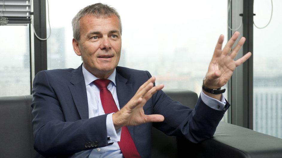 Šéf Pioneer Investments Roman Pospíšil: Bez EU by byla krize v Evropě hlubší, ale rychlejší.
