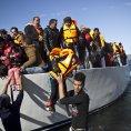 P�es Libyi a Egypt p�ijde letos do Evropy podle zmocn�nce OSN p�es sto tis�c migrant�.