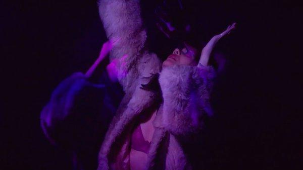 Britská zpěvačka a producentka Bat for Lashes vydá 1. července nové album nazvané The Bride.