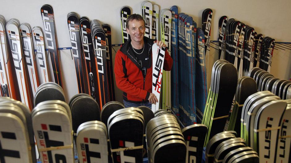 Milan Luštinec - GALUS Industries - firma na výrobu lyží Lusti v Žacléři 24.11.2015