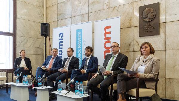 Konference Česko v době dluhů se konala pod záštitou Právního rádce.