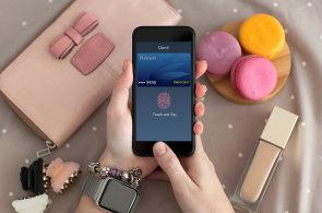 Otisky prstů jsou standard pohodlné bezpečnosti u telefonů i PC. Poděkovat můžeme Applu.