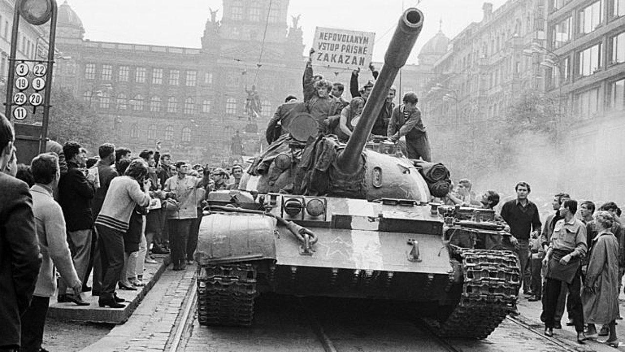 Post Bellum o povědomí Čechů o invazi v Srpnu 1968 a dalších osmičkových výročích.