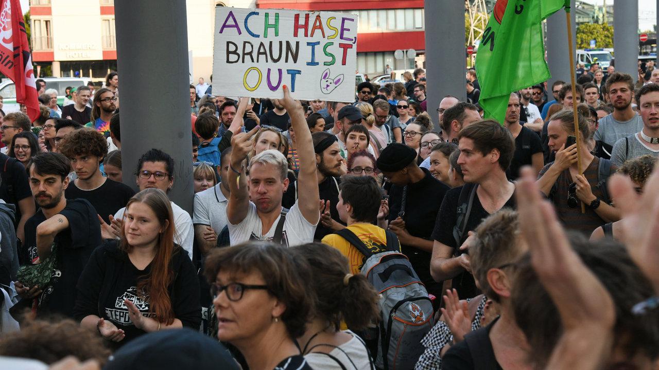 Iráčan podezřelý ze zabití v Chemnitzu byl v podmínce.