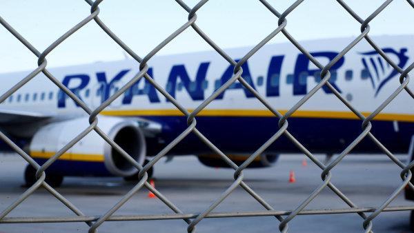 Aerolinka zrušila 150 ze 400 plánovaných letů ze země a do země.