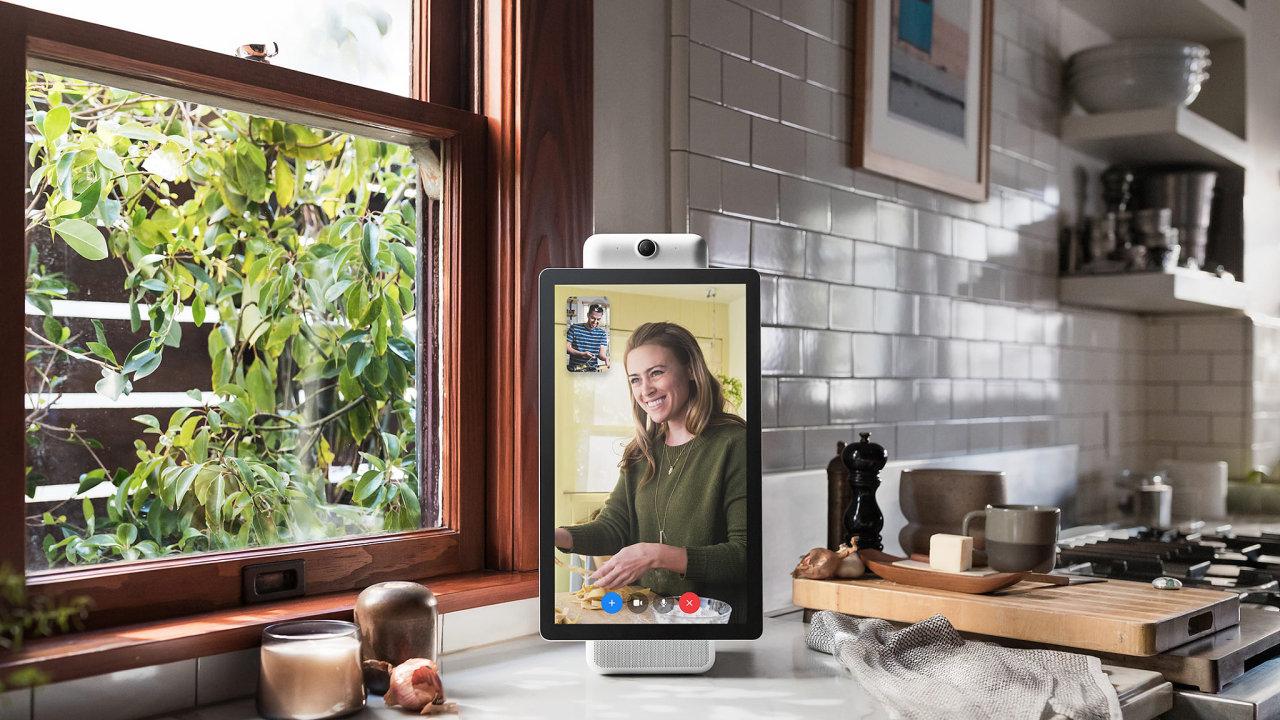 Facebook představil nové komunikační zařízení - Portál.