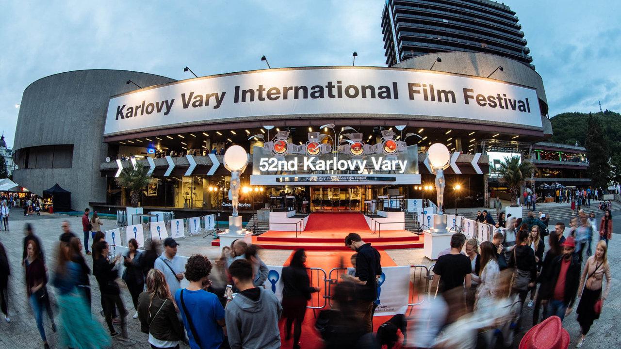 Filmový festival vKarlových Varech má nového sponzora. Bude jím pivovar Pilsner Urquell.