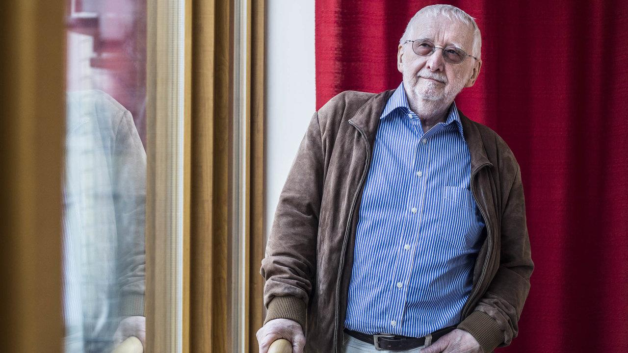 Ředitel a principál. Jan Lorman vede sdružení Život 90 i Divadlo U Valšů.
