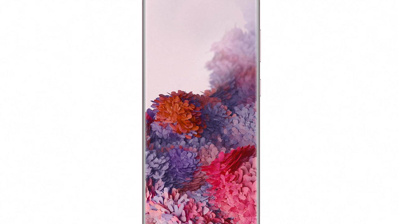 Hlavní snímač Samsungu Galaxy S20 Ultra má rozlišení 108 milionů obrazových bodů afirma slibuje až 100násobné přiblížení snímaných objektů díky kombinaci optického zoomu asoftwarových úprav.