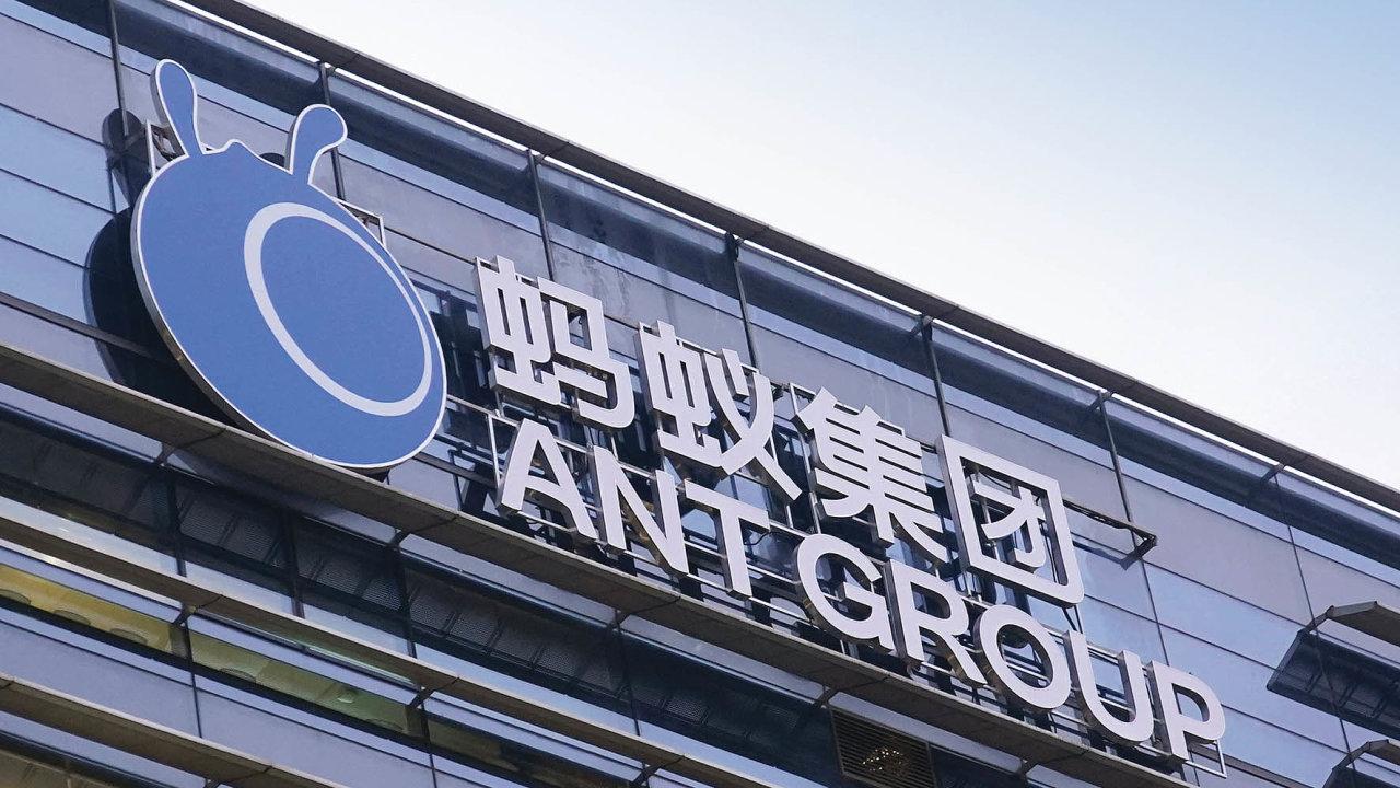 Zhruba 35 miliard amerických dolarů (808 miliard českých korun) získá zprodeje akcií společnost Ant Group, která je finanční atechnologickou divizí obřího čínského internetového prodejce Alibaba.