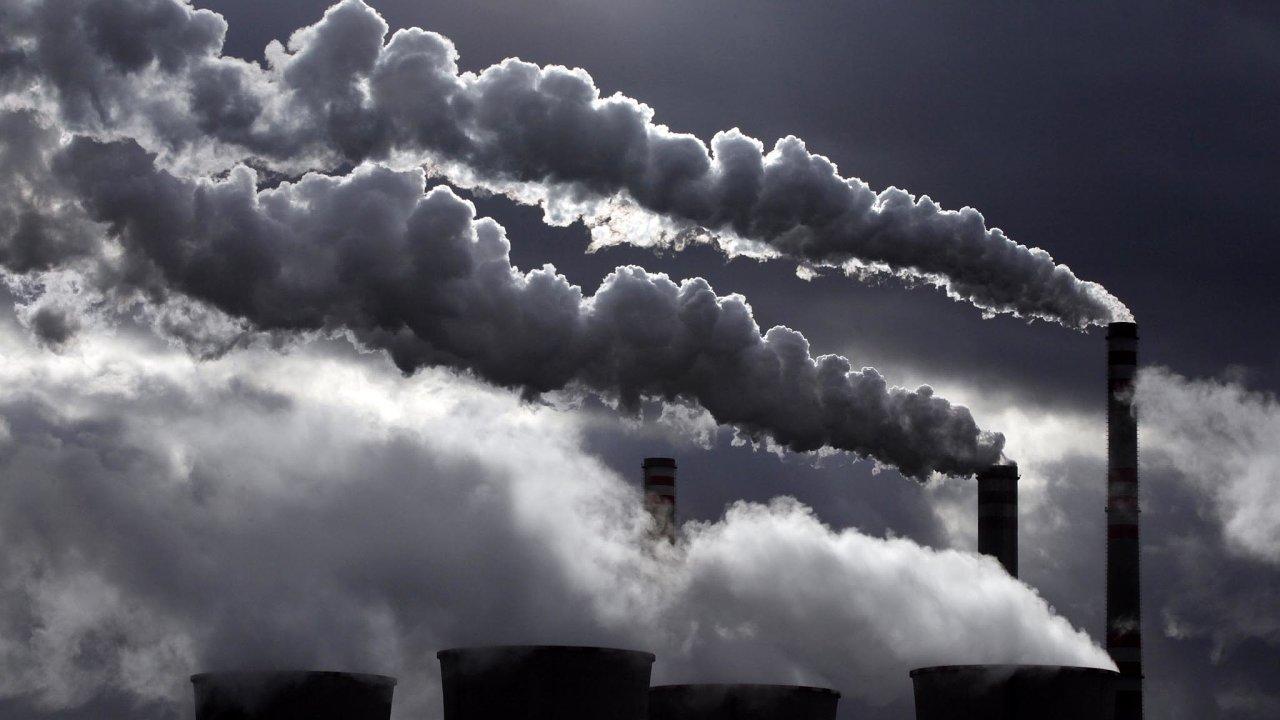 Svět a ochrana prostředí:elektrárny vypouštějí dál emise, tak jako severočeské Počerady.