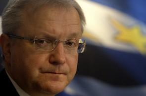 Olli Rehn jel do Řecka vyjednávat o pomoci