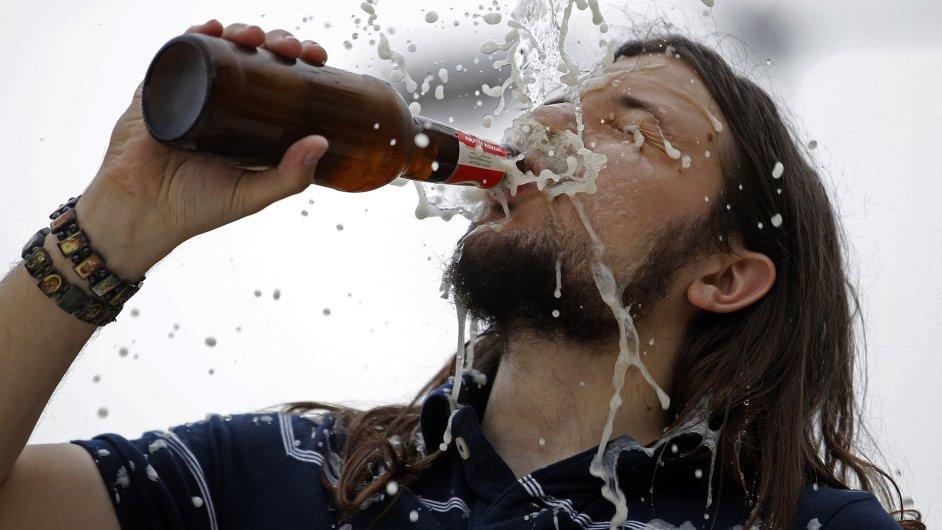 Alkohol. Ilustrační foto