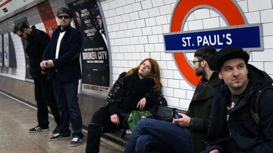 Členy skupiny Ztohoven do Londýna pozvala galerie Tate Modern.