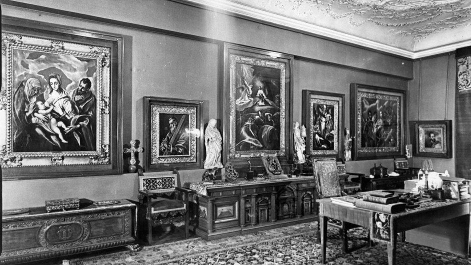 Obrazy El Greca visely v kanceláři barona Herzoga, než si je odvezl Adolf Eichmann.