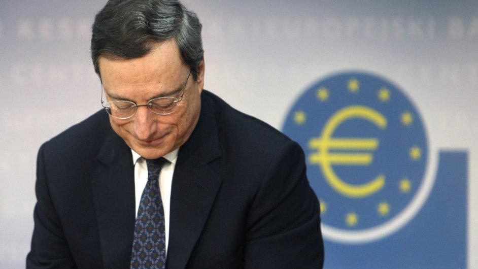 Šéf ECB Mario Draghi
