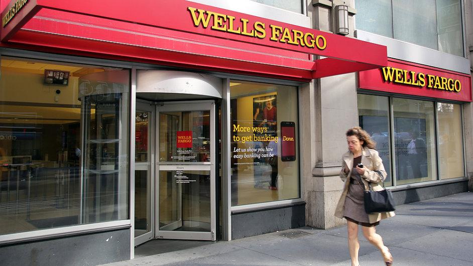 Nejvíce vydělává nejhodnotnější americká banka Wells Fargo.