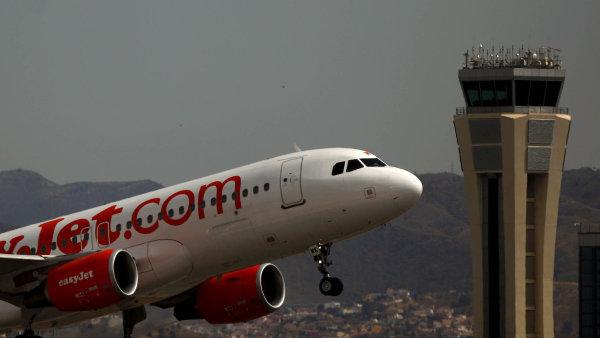 N�zkon�kladov� aerolinky easyJet vyk�zaly ji� p�t�m rokem rekordn� zisk.
