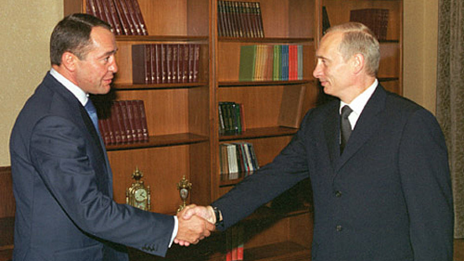 Vladimir Putin and Minister of Press Mikhail Lesin
