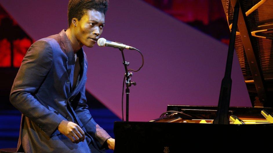 Benjamin Clementine v pátek převzal cenu Mercury Prize.
