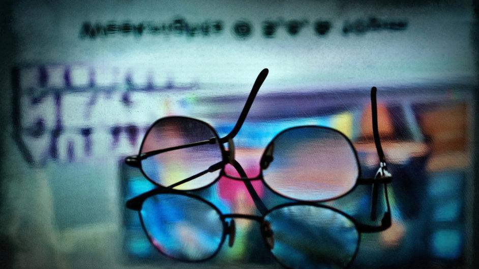 Brýle jsou důležitou součástí osobní identity - Ilustrační foto.