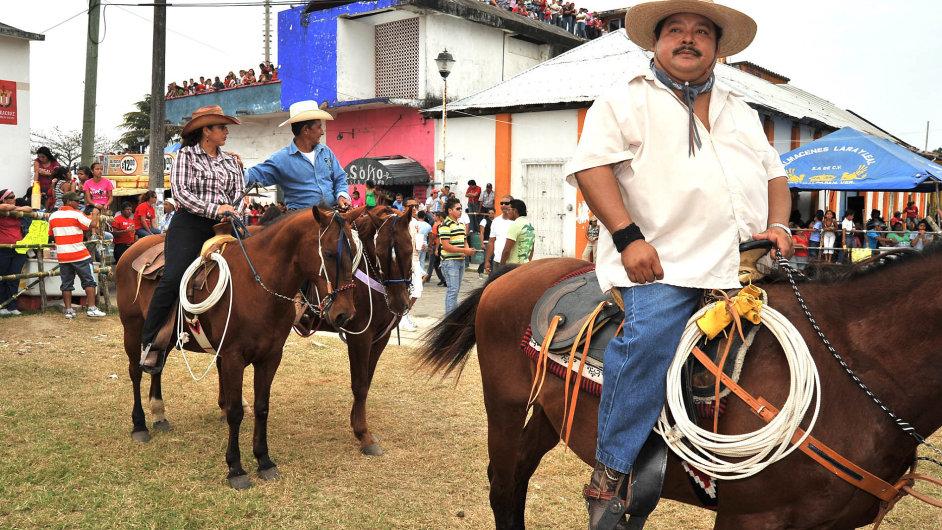 Nejtlustší nasvětě: Téměř čtvrtina Mexičanů je obézní, především kvůli pití slazených nápojů. Podle průzkumů vypije Mexičan zarok přes 700 plechovek coly.