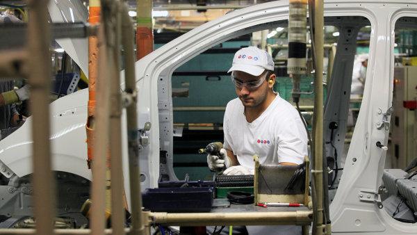 Výrobcům aut se v Česku daří, loni vyrobili o čtyři procenta více vozů - Ilustrační foto.