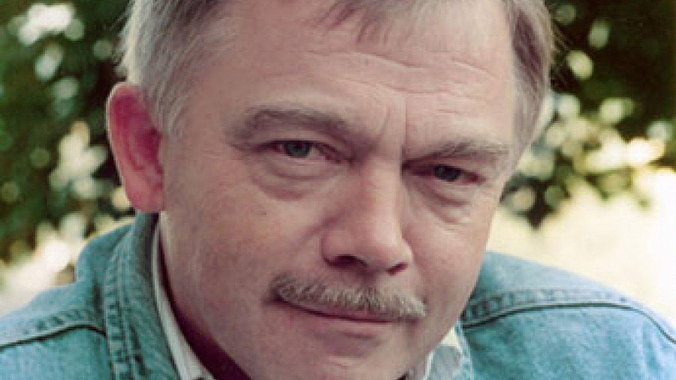 Karel Kryl zemřel v Německu ve věku devětačtyřiceti let.