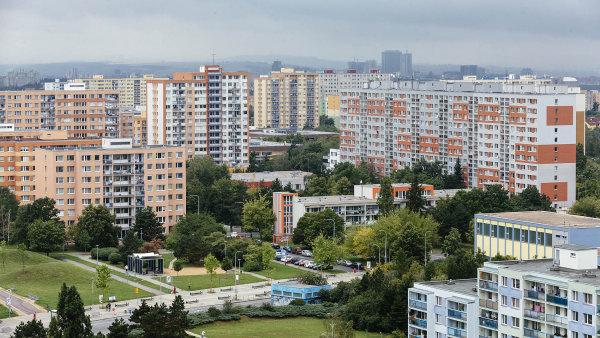 Budou-li naplněny současné prognózy domácího makroekonomického vývoje, měly by podle Asociace pro rozvoj trhu nemovitostí ceny bytů pokračovat vpoměrně rychlém růstu ivletošním roce.