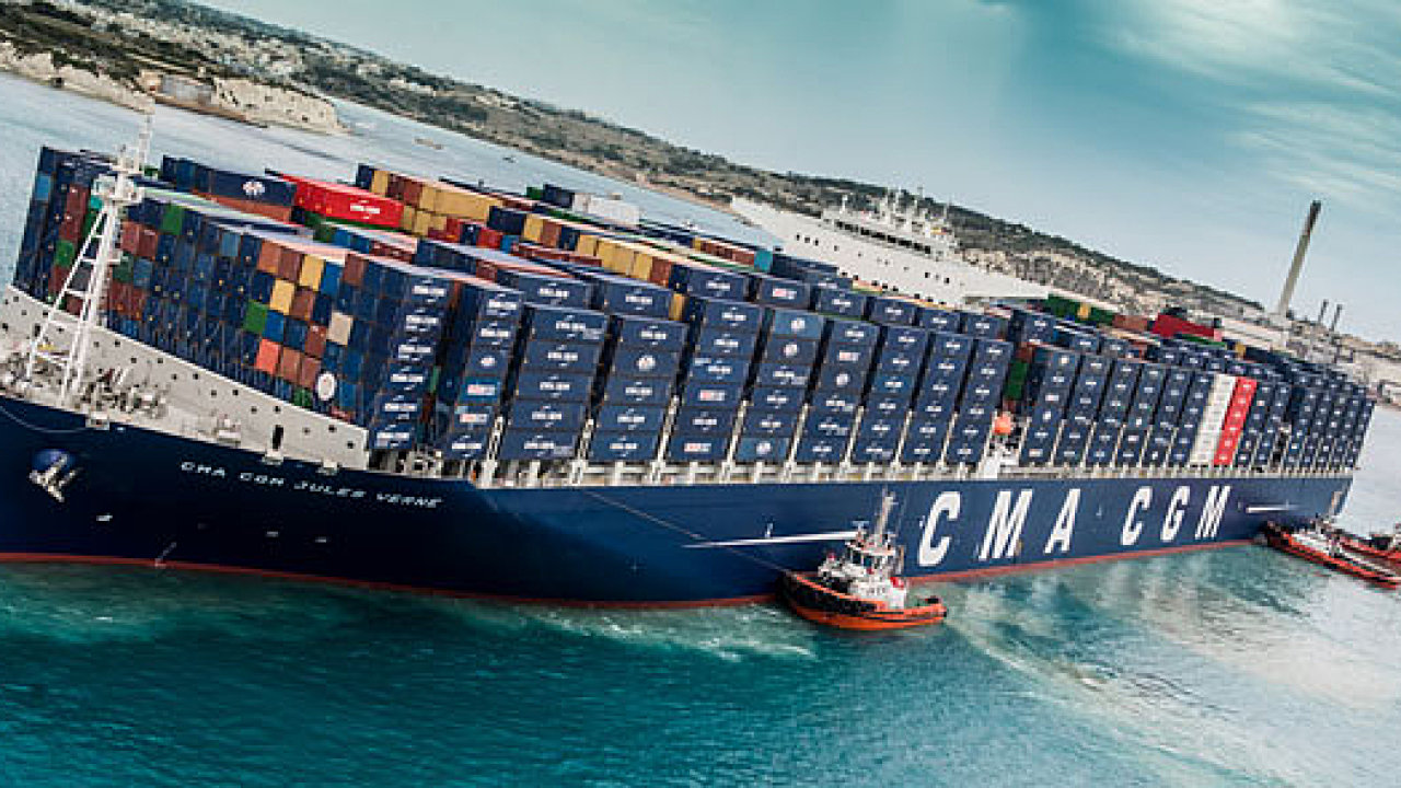 Stavba devíti lodí, které dohromady uvezou téměř 200 tisíc kontejnerů, vyjde na 1,4 miliardy dolarů.