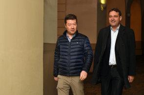 Okamura jednal s Babišem. Shodli se na zavedení referenda, Faltýnek vyloučil koalici s SPD
