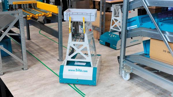 Společnost BITO představila první vlastní počin v automatizaci - jednoduchý bezpilotní vozík (AGV) pro přepravu přepravek a kartonů s názvem Leo Locative, který není propojený s informačním systémem.