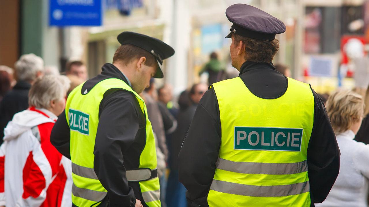 Policie, zásah, zátah, pomáhat a chránit
